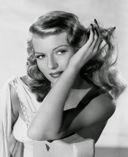 rita_hayworth_hands_nails_film_noir_actress-597x735.jpg