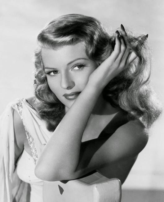 rita_hayworth_hands_nails_film_noir_actress-597x735.jpg